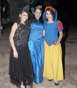 Andrea Olivares, Martha Bustos e Isabel Salcedo.