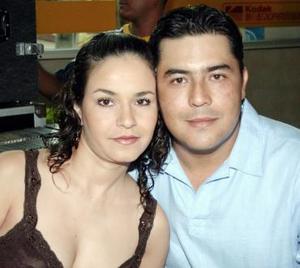Daniela de Valdés y Víctor Valdés.