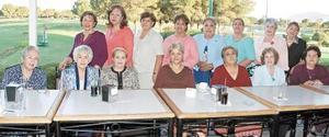 Integrantes del Club Orquídeas que celebraron su 40 aniversario.