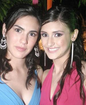 Andrea Hernández y Gaby Treviño.