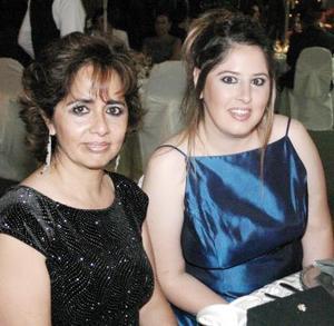 Patricia González y Leticia Martínez.