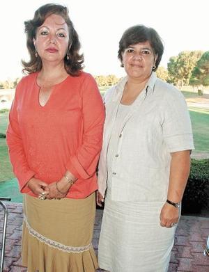 Chiquis Elías y Lupita de Espinoza.