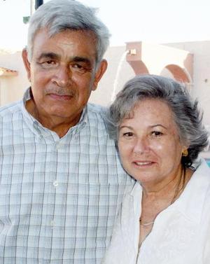 Héctor Montes y María Teresa Salinas de Montes