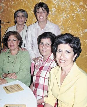 Nena Villarreal, Adriana Campillo, Lupita Villarreal, Nilda  Calero y Lupita de Katsicas.