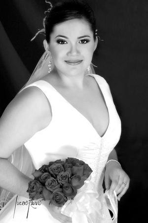 Lic. María Guadalupe Delgado Talavera, el día de su boda con el Ing. Alfonso Aguirre Limón.