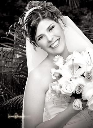 Srita. Verónica Macías Morales, el día de su boda con el Sr. José Ricardo Rosas Castillo.