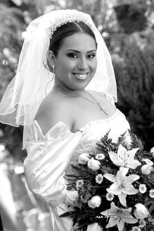 Srita. Nuria Rebeca Ramos Jiménez, el día de su enlace matrimonial con el Sr. Juan Manuel Lino Ramírez.