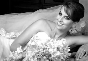 Srita. Sofía Zarzar Handal, el día de su enlace matrimonial con  el Sr. Roberto Kuri González.
