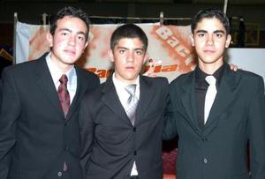 Ricardo de la Torre, Marcelino Covarrubias y Víctor González.