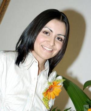<b>05 de noviembre 2005</b><p>  Lourdes Ochoa Orona contraerá matrimonio el próximo sábado 5 de noviembre con Sergio Humberto del Hoyo Hernández, t por ello fue despedida de su vida de soltera.