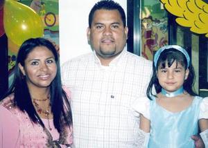 Emmylu Castañeda Rico festejó sus cinco años de vida con un alegre convivio.