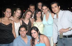 Ani Marcos, Diana Rivera, Charlotte González, Paco Contreras, Sonia mansur, Rocío Nassar, Dulce Rivera, Rafa González y Mariel Aguilar