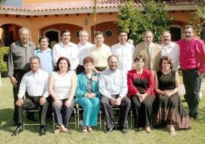 La XVII Generación de Contadores Públicos de la Escuela de Comercio y Administración de la Universidad Autónoma de Coahuila.
