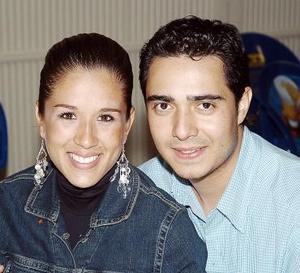 Gaby Galindo y Beto Flores.