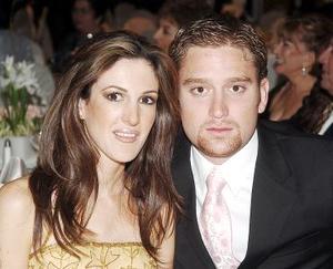 <b>06 de noviembre 2005</b><p> Valeria Muñoz y Gabriel Villalobos.