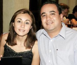 Laura de Oviedo y César Oviedo García.