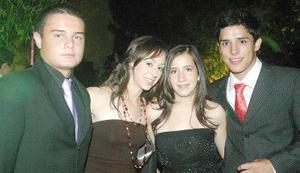 Tato Madinaveitia, Laura Córdoba, Yola Murra y Eddy Aguirre.