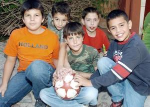 Camilo Chaman, Adolfo Ruiz, Pablo Veyán, Alonso Garrido y Juanjo González.