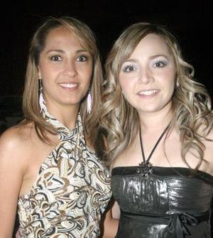 Karla Arias y Rosy Ramos.
