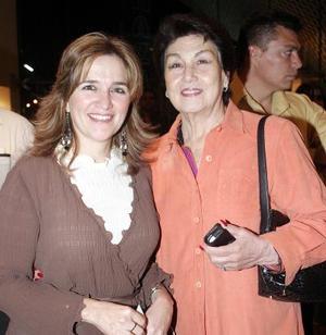 Cecilia Marroquín de Murra y Carmen Martínez de Leal.