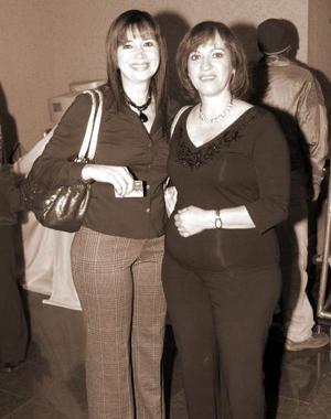 Graciela de Rimada y Anabel de González.