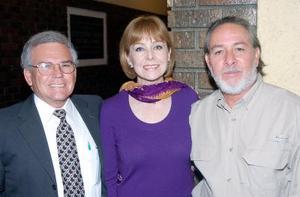 Lorenzo de Lira, Bibi Guerra y Héctor  Moreno.