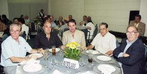 Rubén Fernández, Gerardo Tavera, Rogelio Villarreal, Victoriano González y Mario Villarreal.