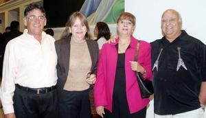 Hugo Chiffer, Mague de Chiffer, Yazmín Batarse de Hernández y Jesús Hernández Alonso.