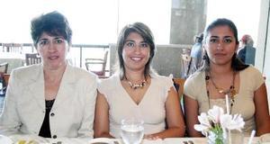 Silvia Ayup, Silvia y Érika Garibay.