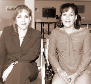 Claudia Casas y Claudia Torres viajaron al DF.