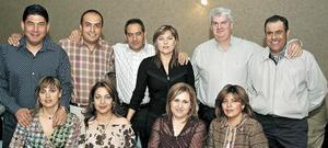Luis y Marcela Cnatú, Gerardo y Mónica Bustos, Luis Carrillo y Leila Moreno, Toto y Banchis Borrego, Kintin y Titis Ruiz.