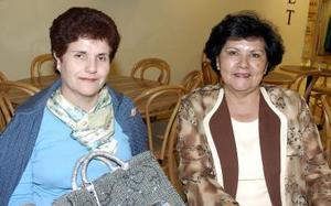 Asunción de Leal y Cecilia Ávila.