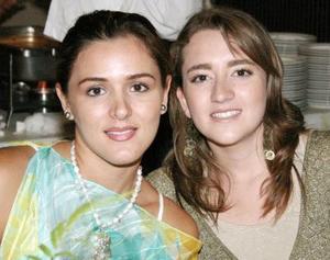 Gianela Ortiz Gámez y Alma Villalobos.