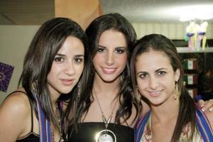 <b>10 noviembre 2005</b><p> Dora Martínez, Janeth Giacomán y Diaza Zarzar.