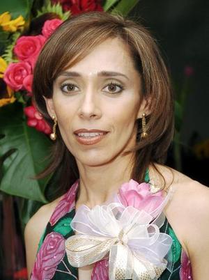 Adriana Pedroza contraerá matrimonio en breve con Javier Allegre.