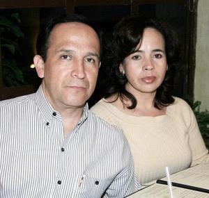 Alberto González y Guadalupe Gallegos.