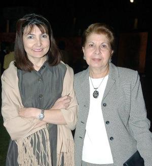 Alicia Murra y Laura de Talamás.