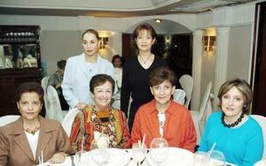 Cecy de Cisneros, Licha de Fernández, Bety de Gómez, Tere de Herrera, Lupita de Barrios y Ángeles de Lara.