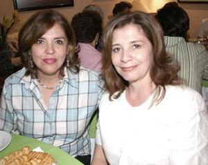 Gabriela McAnally Salas y Guadalupe Gallardo de Garza.