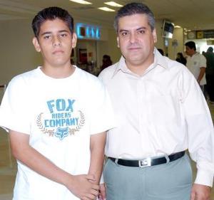 Jorge Malacara viajó al DF, lo despidió Jorge Iván Malacara.