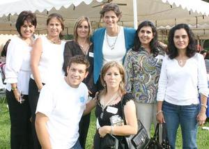 Luzma Guerrero De Herrera, Pilra de Cobo, Amparín de Ecosuela, Mecedes Medina de Madero, Tatiana de Barraza, Mónica de Acosta, Pepe Ganem y Marha Guerrero de Ganem.