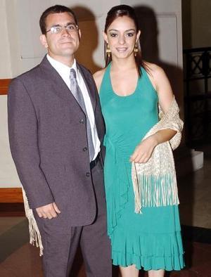 Ricardo Soldevilla y Elizabeth Agüero.