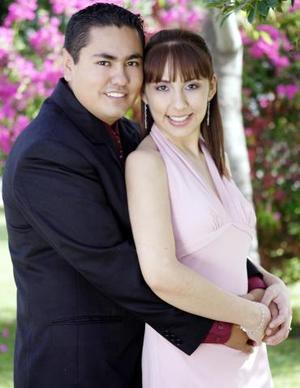 José Olvera Falcón y Nancy Araceli Fraire López.