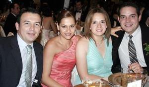 Jorge y Ángeles Arenal y Nacho y Susana Aguirre.
