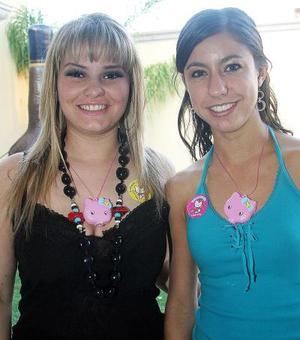 <b>12  noviembre 2005</b><p> Regina Madero y Claudia Peña.