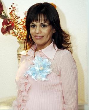 Por el próximo nacimiento de su primer bebé, Patricia Rangel Méndez disfrutó de una amena fiesta de canastilla.