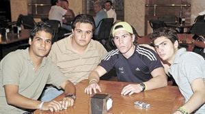 Alejandro Arias, Sal Sánchez, Vicente Revueltas y Jonathan Shade..