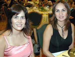 -Ana Lucía de Gómez y Aurora de Anhert..