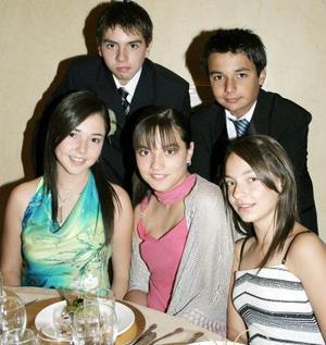 Ana Sofía  y Mariana Mijares, Andrea Arenal, Adolfo y Diego Mijares..
