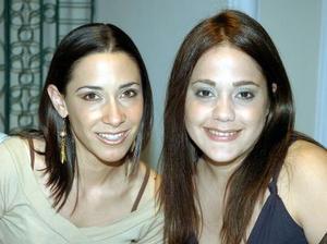 Sofía de Miñarro y Lorena Villar..